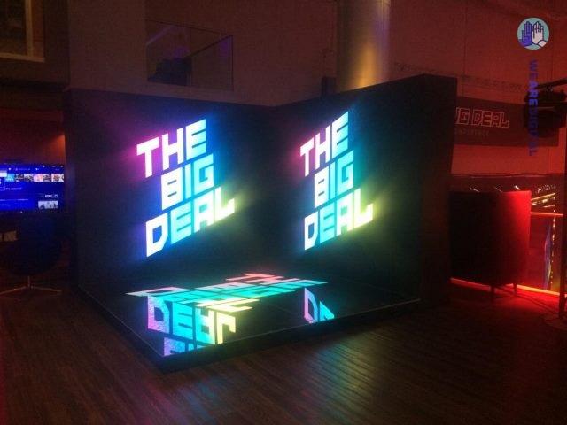Cветодидная фотозона для Mail Group Big Deal