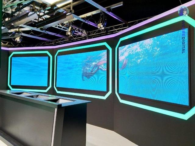 Светодиодные экраны с системой управления мультитач поверхности